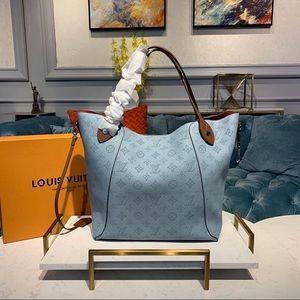 Louis Vuitton hina MM blue